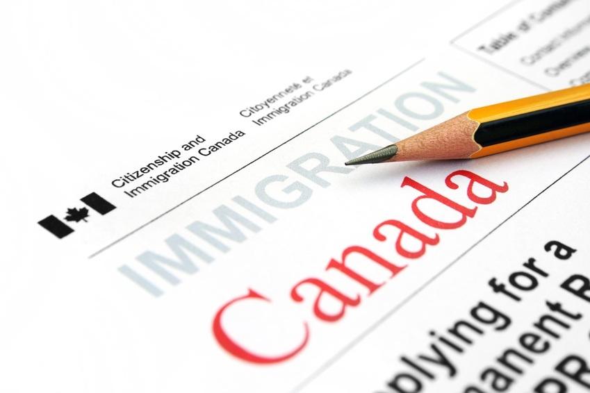 Então você quer imigrar… para o Canadá?